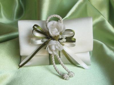 - raso panna CF3 con fiori P2