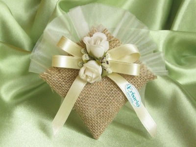 Linea bomboniere yuta - sacco con fiori